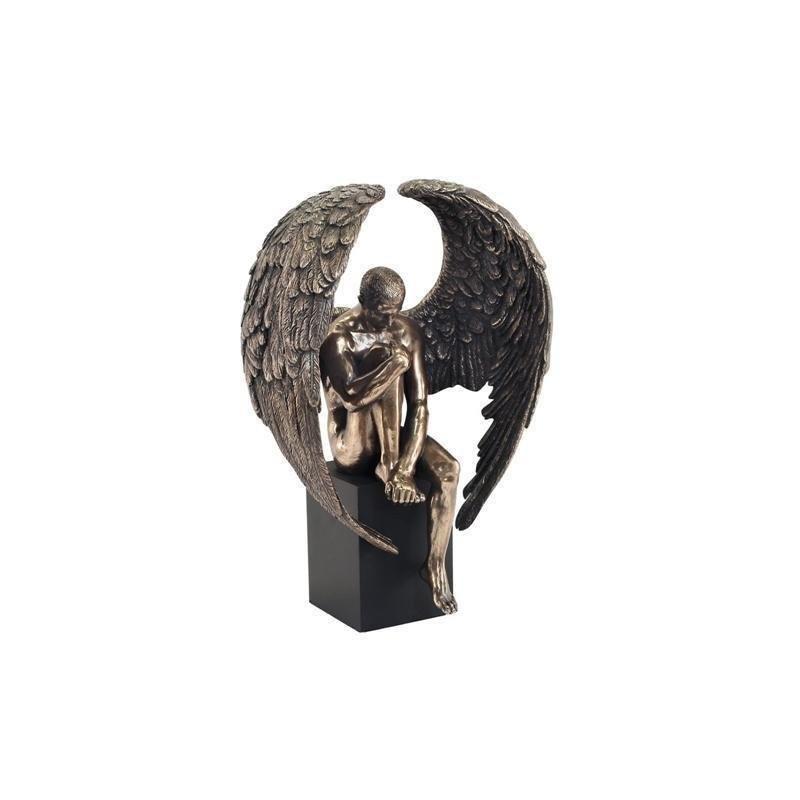 Figura Resina HOMBRE ALADO 26 cm